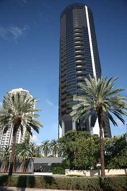 New South Florida luxury oceanfront condominiums