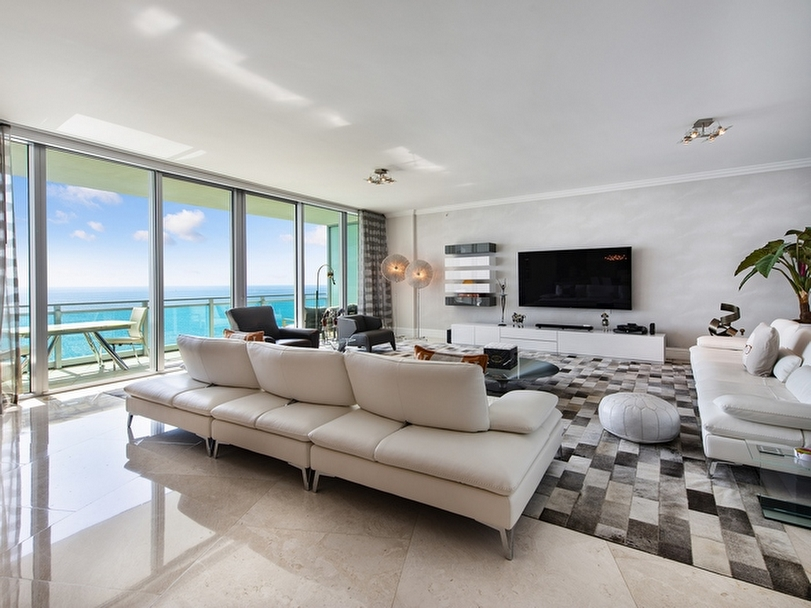 Ritz Carlton Bal Harbour #1703-05