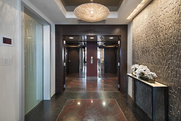 23-Private_Elevator